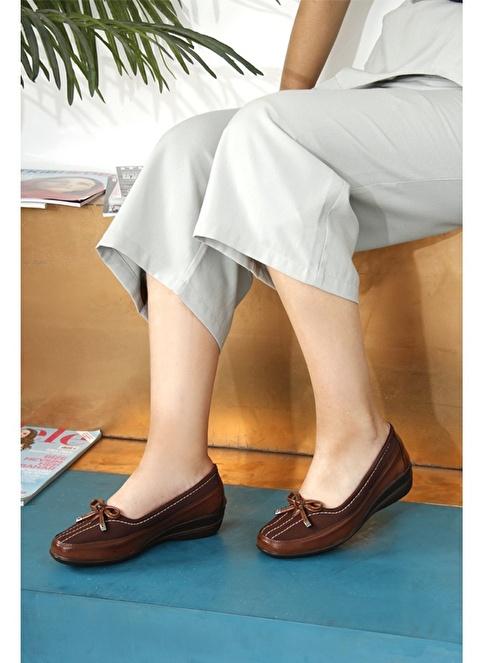 G.Ö.N. Dolgu Topuklu Ayakkabı Taba